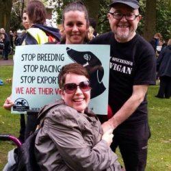 "Video del discorso di Kerry Elliman, alla ""March for the Murdered Million Greyhounds"" – Manchester, 24 Luglio"